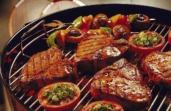 烧烤这样吃可以远离致癌物,很多人都不知道!
