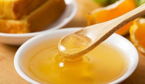 蜂蜜味道甘甜,口感柔滑!但并非人人能吃