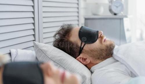 年过四十,睡眠会发生七种改变!