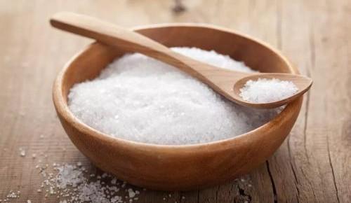 """网传""""食盐中的亚铁氰化钾有毒"""",这是真的吗?"""
