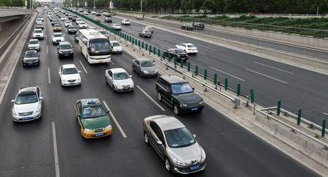 我国10天查处国省道4类重点车辆9类交通违法共5.7万起