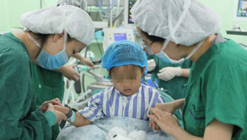 震惊!3岁小女孩患乳腺癌,半世纪以来全球第三例