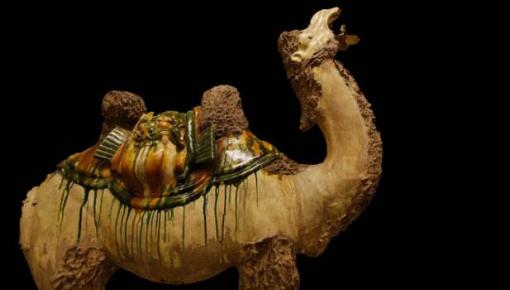 """中国多家博物馆联合展出300件文物 重演""""丝绸之路"""""""