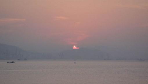 6日早晨看完西大距的金星 继续欣赏一次精彩日偏食