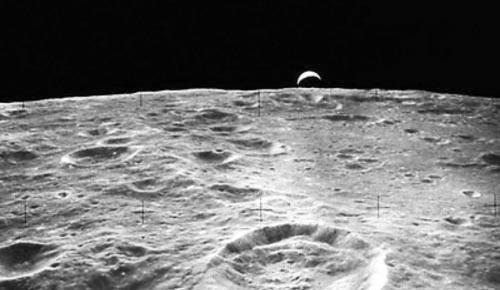 美国研究人员发现可借助太阳风在月球上制造水