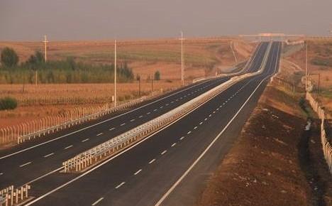 下月起黑龙江高速超速处罚将提至2000元
