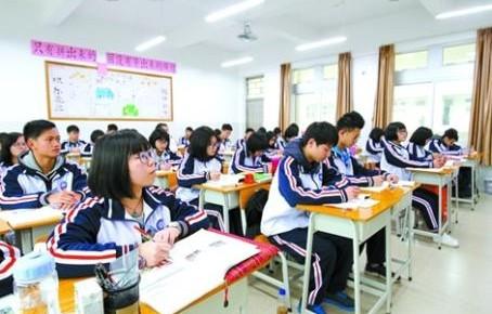 """2018全国教育发展""""成绩单"""" 各级各类教育均取得较大成就"""