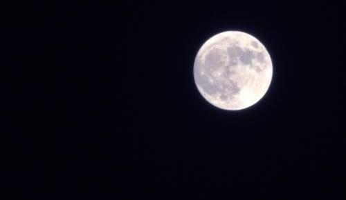 """今年最后一次""""超级月亮""""将于春分日现身,你想跟谁看?"""