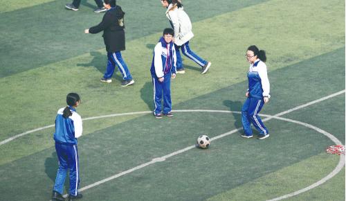 长春市中考体育科目增加足球运球绕标志物选项
