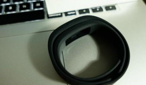 专家称智能手环或成细菌温床:需定期清洁
