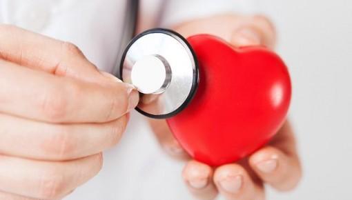 哪些胸闷可能是心脏病?十个习惯让心脏健康