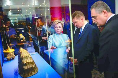故宫百余件珍宝亮相俄罗斯克里姆林宫
