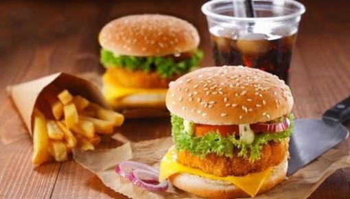 吃垃圾食品或引发抑郁