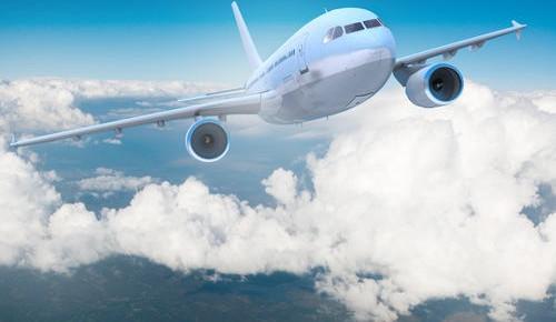 又朝飞机扔硬币,一图知晓不文明乘机影响有哪些