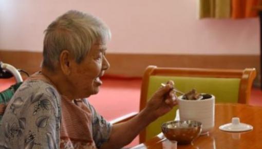 卫健委:我国居民人均预期寿命达七十七岁
