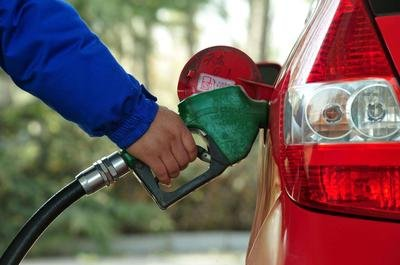 5月27日汽、柴油每升或上调约0.09元
