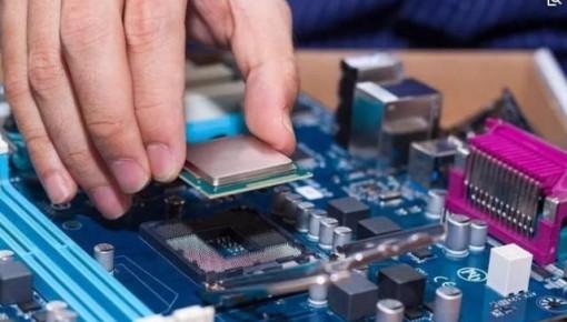中国芯片人才缺口超30万:比做软件辛苦工资还低