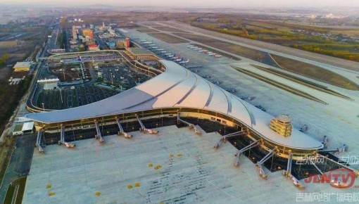 長春龍嘉國際機場地下停車場今起投入使用