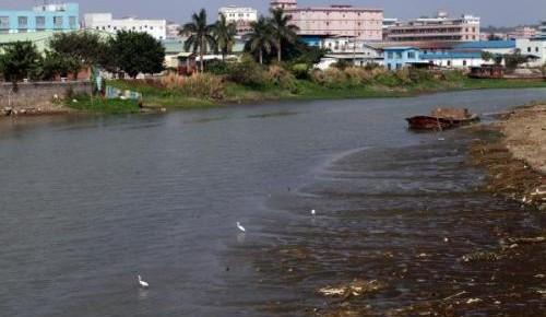 生态环境部:77个城市黑臭水体消除比例低于80%