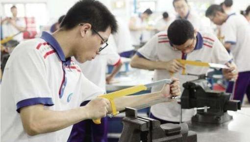 万博手机注册省今年155所中职学校具备招生资质,别选错!