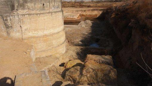 """""""许昌人""""遗址发现已知最古老人工刻划图案"""