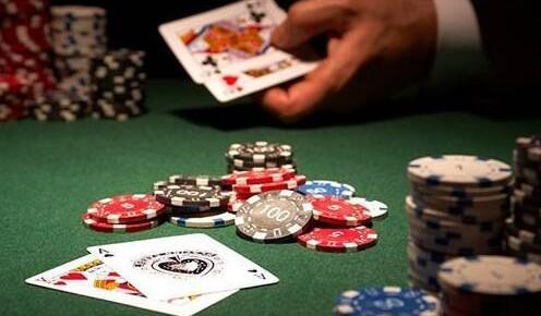 史上首次!AI在多人扑克比赛中胜过人类