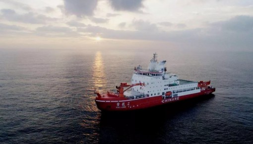 世界第一艘双向破冰科考船年底首航