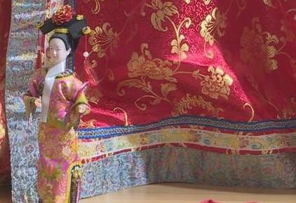 第十二届东北亚博览会|开馆第一天 少数民族商品展引人驻足