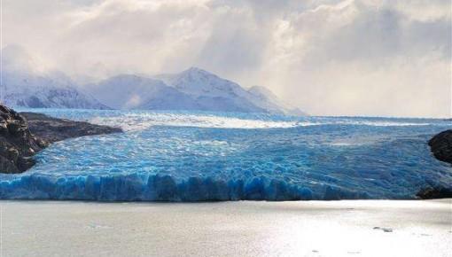 """一天""""消失""""120亿吨!格陵兰冰川融化创历史纪录"""