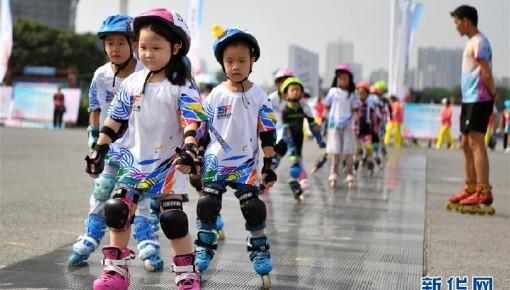 """人民日报人民时评:美好生活需要""""大健康""""——共建共享我们的""""健康中国""""①"""