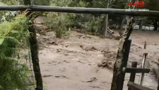 嘎呀河水位上涨,图们市石岘镇河北村村民已陆续撤离