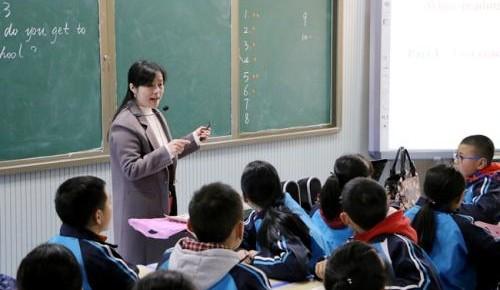 教师节设立35年:教师数量增长79% 现逾1673万人