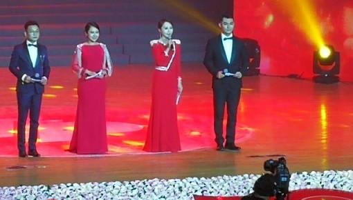 """吉林省""""庆祝新中国成立70周年幸福社区""""文艺晚会隆重举行"""
