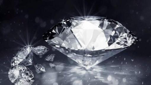 """科学家造出有史以来最黑材料 能让钻石秒变""""黑洞"""""""