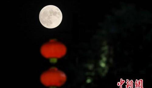 """""""秋分""""时节来临 它为何曾是传统的""""祭月节""""?"""
