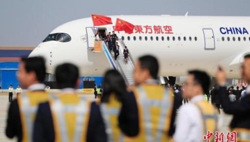 航班全价票迎来调价期 过年飞回家得多花钱?