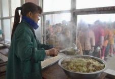 教育部:農村學校食堂不得對外承包或委托經營