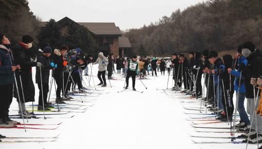 净月潭瓦萨国际滑雪节大学生越野滑雪培训进行时