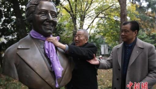 南京大屠杀幸存者后代接力传承家族记忆和历史真相
