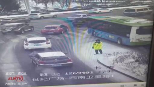 车辆未年检被截 意外发现是毒驾