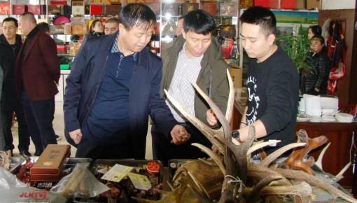 双阳区突击检查食品市场 保障春节舌尖安全