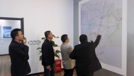 钟章队:跟着中国高铁乘风破浪