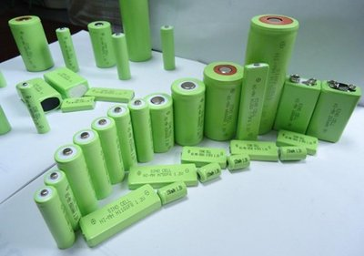 新设计解决锂电池硅基阳极粉化难题