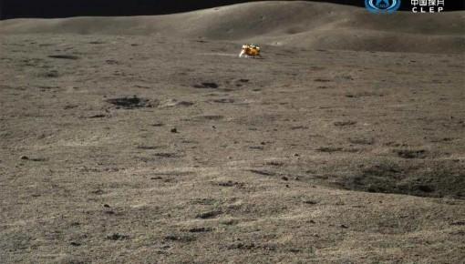 """嫦娥四号和""""玉兔二号""""结束休眠,已奋战500天"""