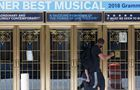 百老汇所有剧院关闭至今年年底
