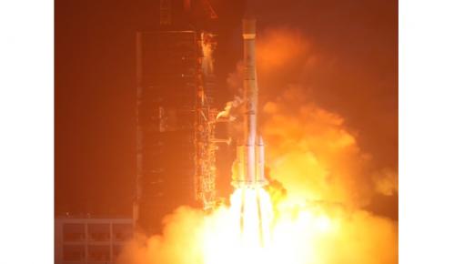 """中国首颗Ku频段高通量宽带卫星""""亚太6D""""成功发射"""