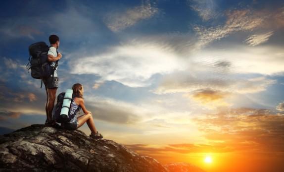 """去海边看星星、住高档酒店,年轻人花式""""七夕""""主题旅游 你会选择哪一种?"""