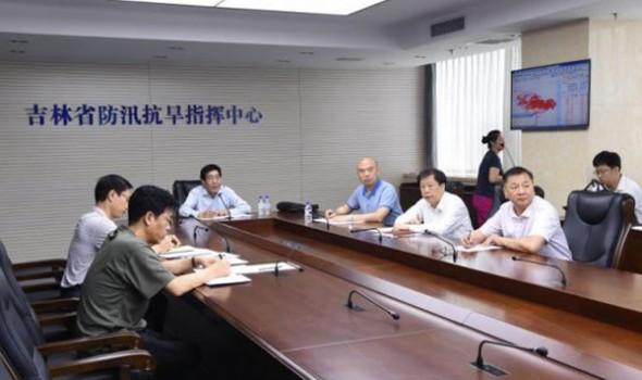 巴音朝鲁书记、刘国中省长再次到省防指指挥调度抗洪抢险工作