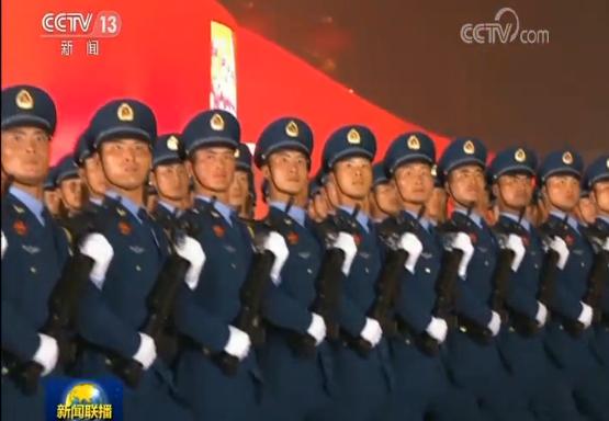 庆祝新中国成立70周年活动新闻中心专题集体采访介绍阅兵活动安排